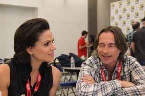 ONCE UPON A TIME: Lana Parrilla & Robert Carlyle Video Interview