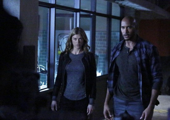 Marvels-Agents-of-SHIELD-Who-You-Really-Are-Season-2-Episode-12-07-550x387